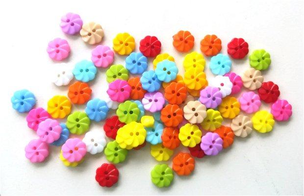 Nasturi din plastic. Nasturasi colorati. Nasturi 13 mm