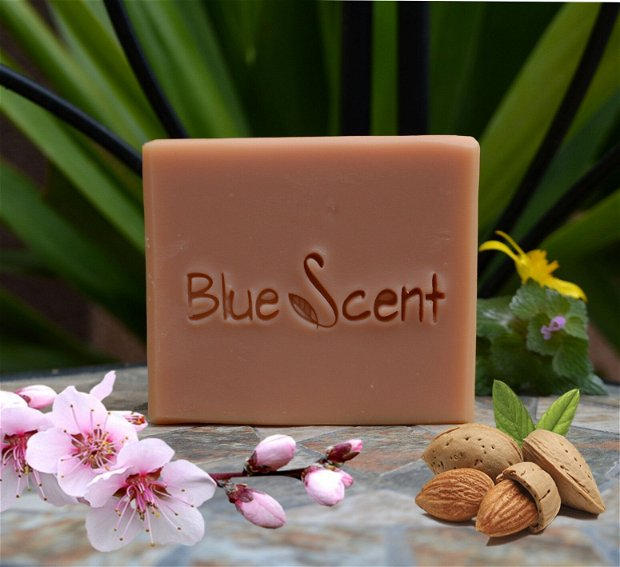 Sweet Almond-sapun fin cu migdale dulci si musetel-BlueScent