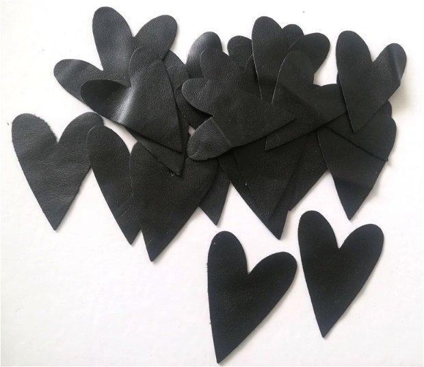Inimioare negre decupate din imitatie piele