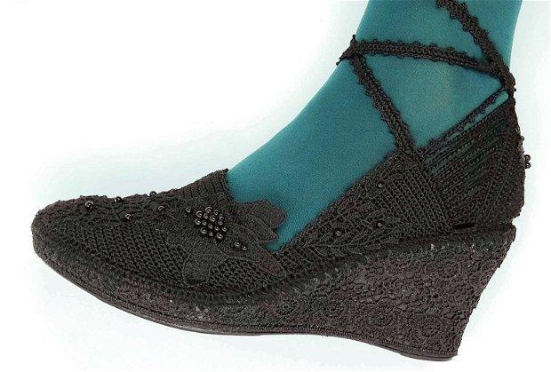 Sandale platforma crosetate LA COMANDA