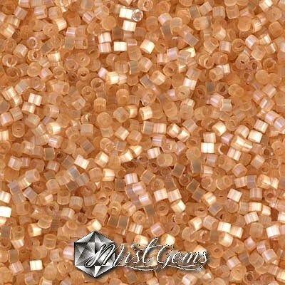 DB0674 Cream Silk Satin