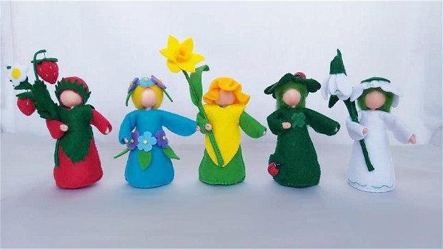 Copilele flori - PrimăvaraCăpşunica, floare de nu-mă-uita, narcisa, trifoiul şi plăpândul ghiocel