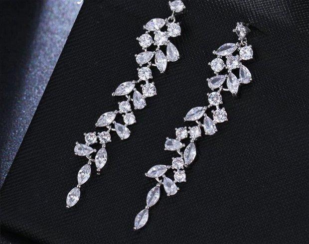 Cercei argint si cristale