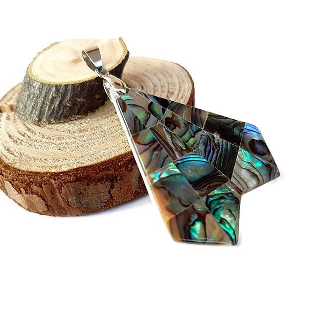 Pandantiv paua abalone cu agatatoare  42x41x3mm GSLAK 602