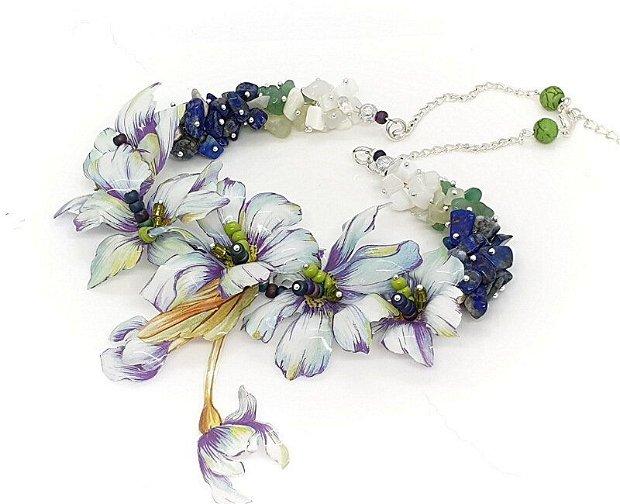 Colier floral cu lapis lazuli ,jad si opalit