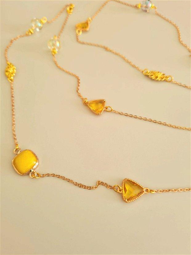Colier elegant, cu pietre naturale,  cristale și margele de sticla galbene