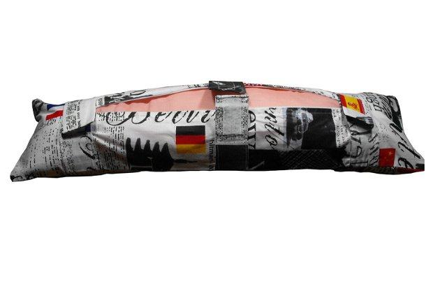 Voyage- Seat Belt Pillow -- Perna de centură pentru ccalatorii