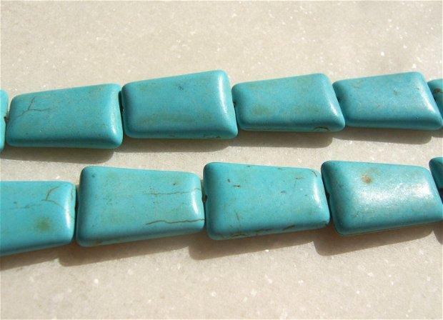 Turcoaz reconstituit trapez isoscel aprox 24.5x14-17x6 mm