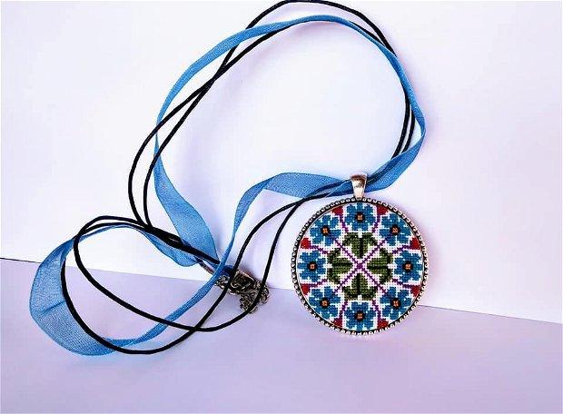 """Medalion """"MILLEFIORE"""""""