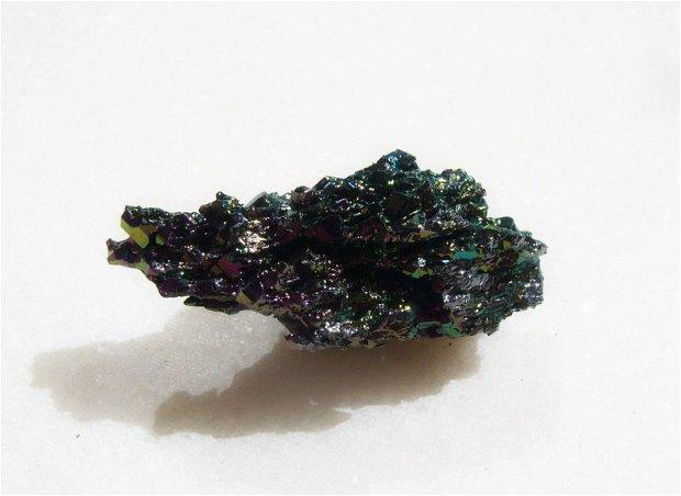 Cristal din carbura de siliciu 1 - Natural Colorful Mineralized Silicon Carbide Stone Ornaments Mineral Crystal - aprox  38x18x15 mm