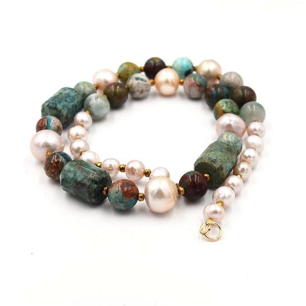 Set de bijuterii  compus din colier și bratara cu crisocola, perle de cultura și distanțiere de hematit auriu