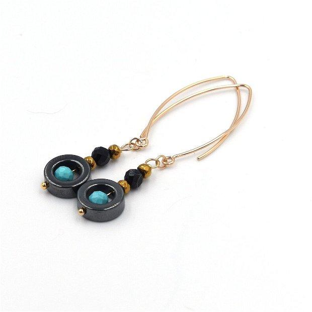 Set de bijuterii  compus din colier, cercei și bratara din spinel, turcoaz si hematit