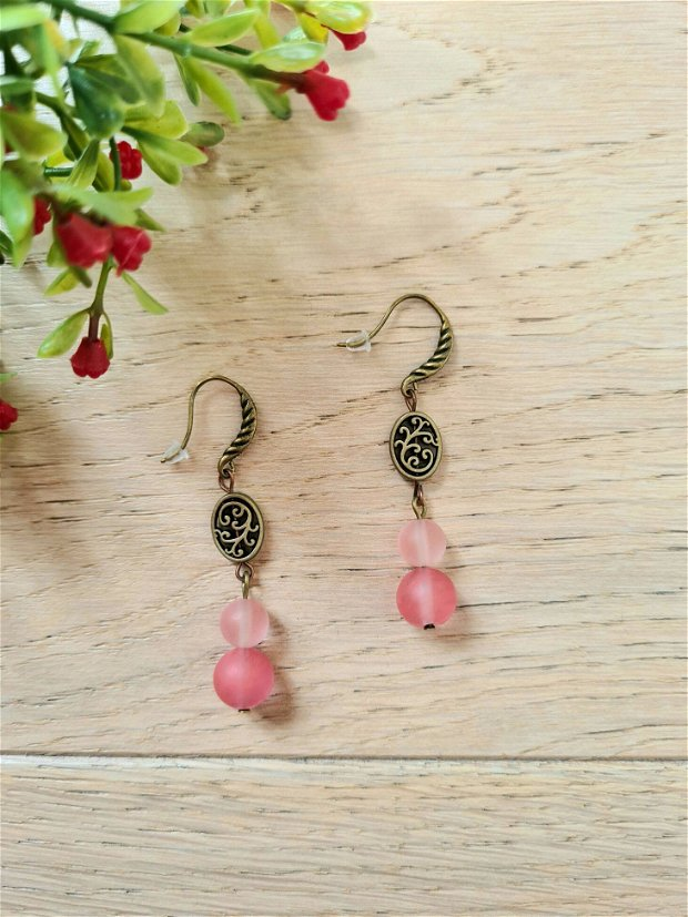 Cercei pietre naturale roz mate