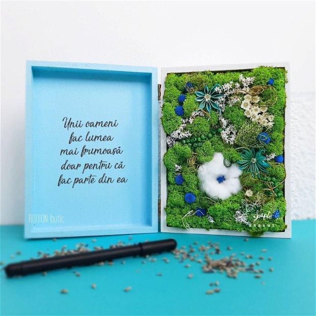 Aranjament cu licheni si floare de bumbac personalizat cu mesaj