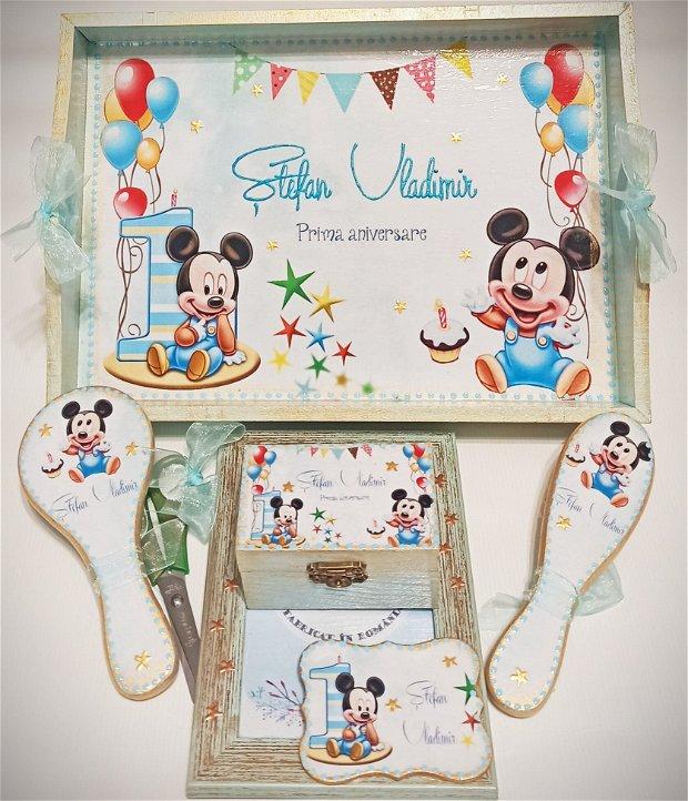 Set mot, format din 6 piese, cu tema Baby Mickey