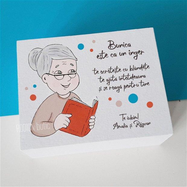 Cutie pentru bunica pictata manual personalizata cu mesaj