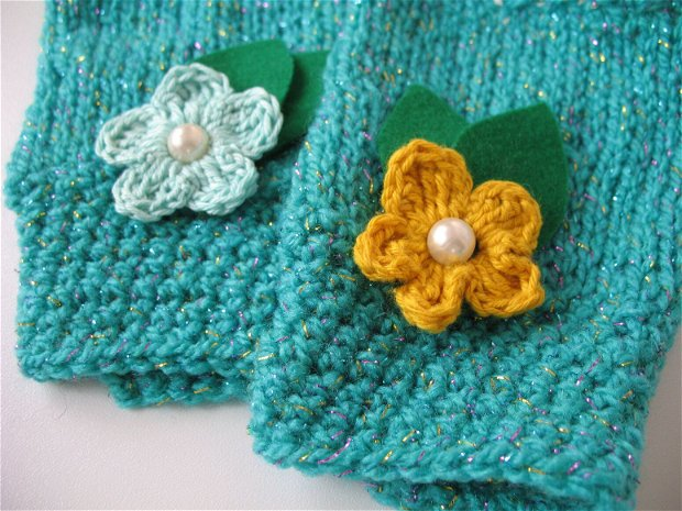 Manusi/Mansete tricotate/crosetate