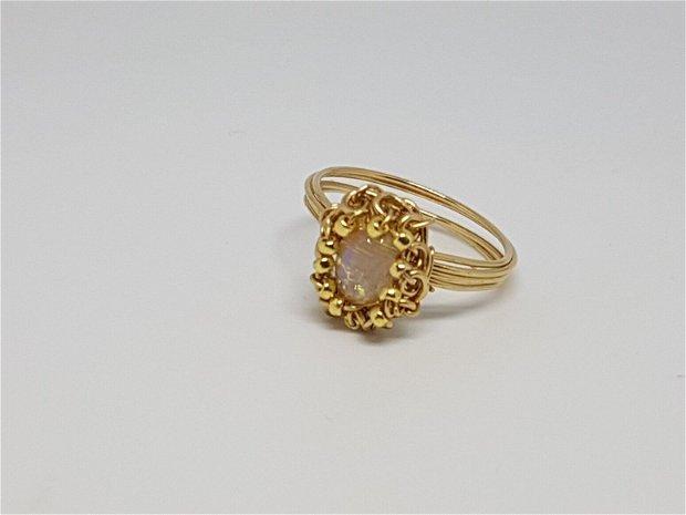 Inel din aur filat,Inel cu opal etiopian,Inel handmade.