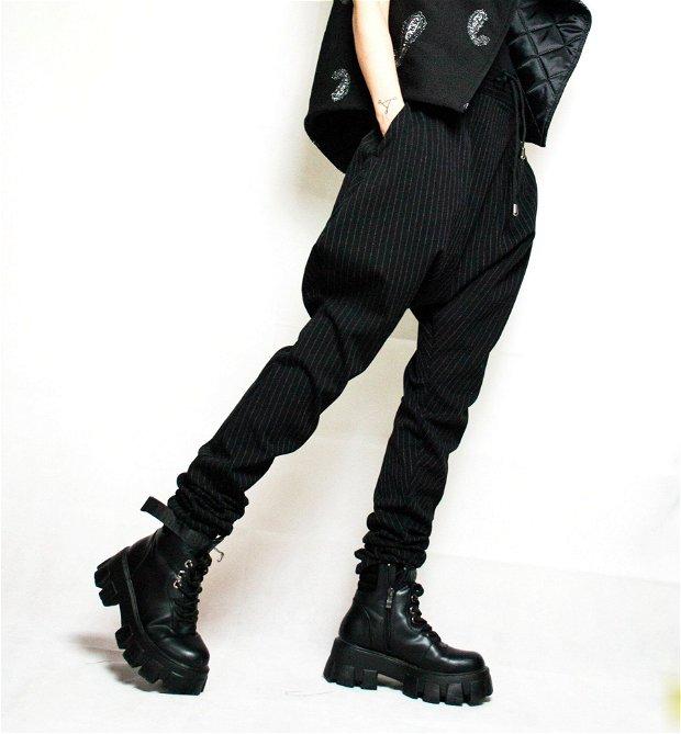 Pantaloni echitatie cu tur lasat