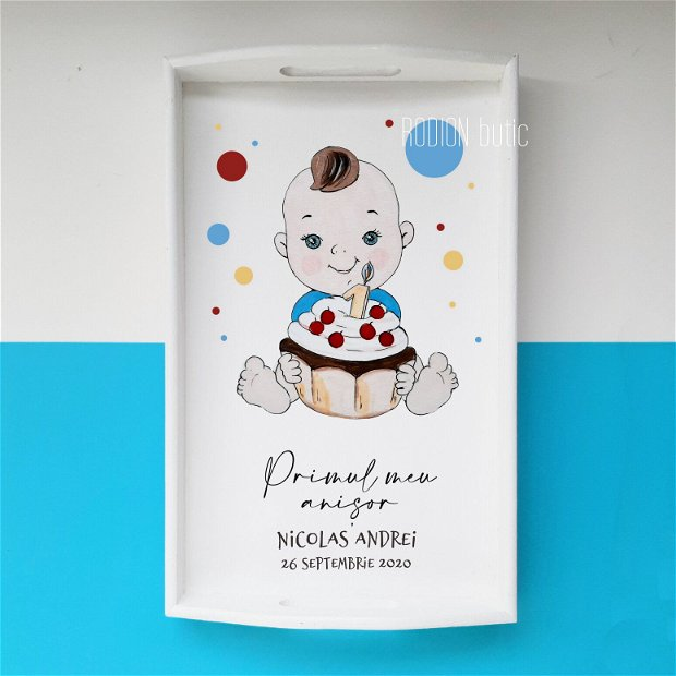 Tava taierea motului baietel pictata manual personalizata
