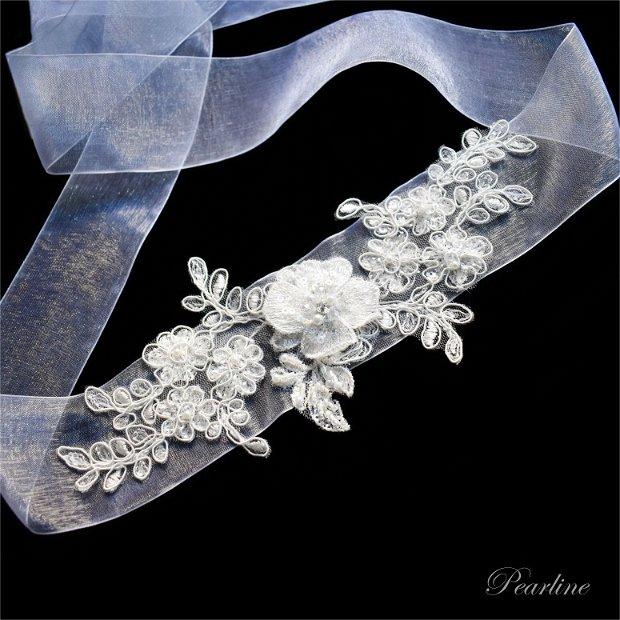 Esarfa dezgatit mireasa handmade din dantela cu floare