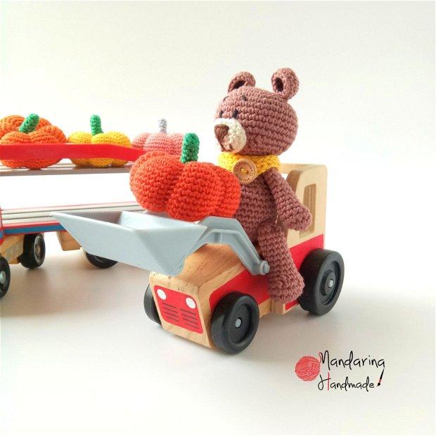 Set cadou jucării croșetate urs + dovleac