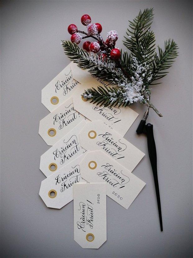 Etichete personalizate din carton