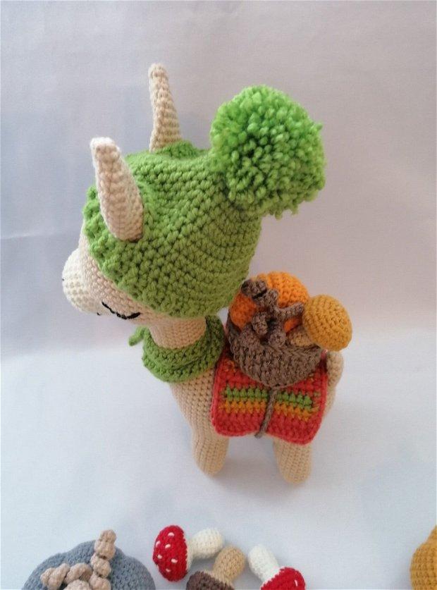 Marcia alpaca lama jucarie crosetata amigurumi