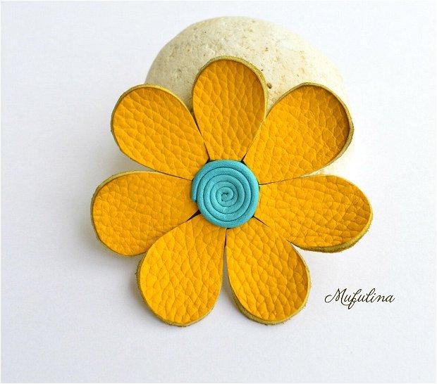 Brosa Floare galbena