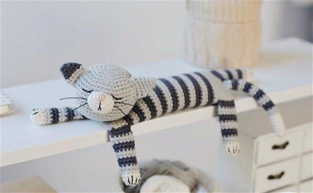 Jucarie crosetata pisicuta