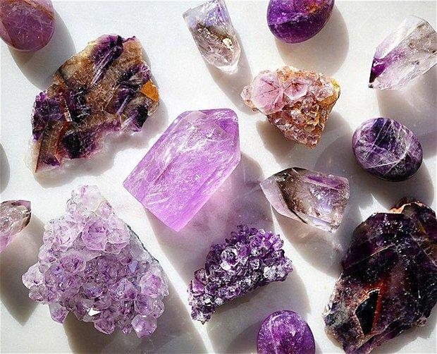 Saculet cu Cristale pentru Starea de Spirit