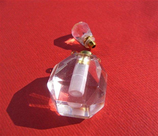 Sticluta din cristal de stanca pentru parfum sau ulei esential aprox 14x20x26 mm - 37.5 mm (cu capacelul)