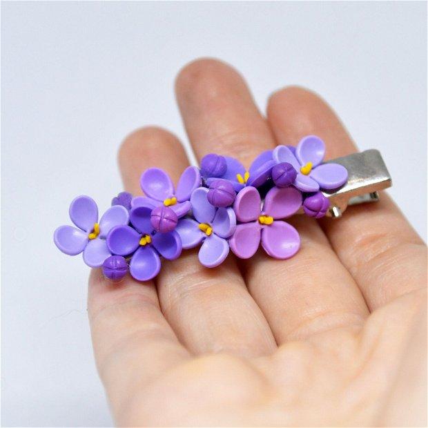 Clama flori de liliac