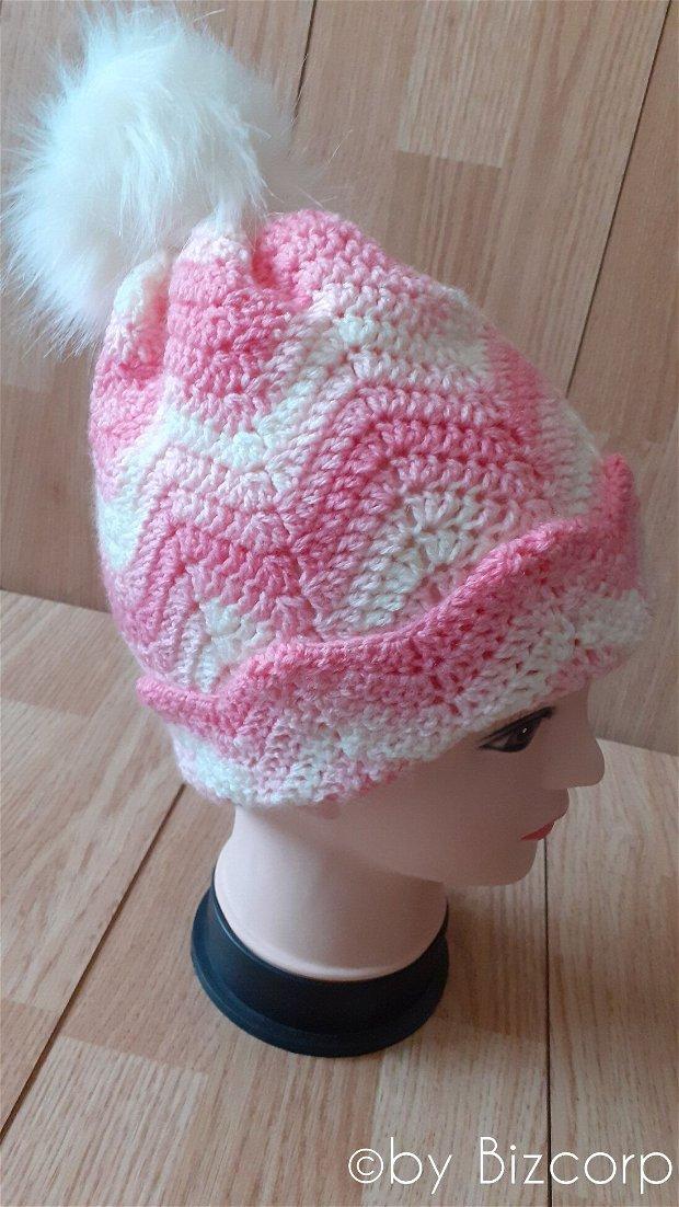 Caciula tricotata dama, Roz