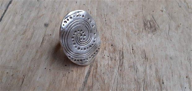 Inel zamac argintat, 38x29 mm
