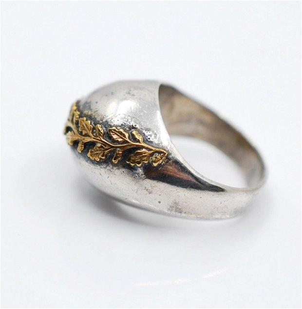 Inel bombat din argint 925 cu frunzulite din alama placate cu aur,model organic, brut, cu bobițe