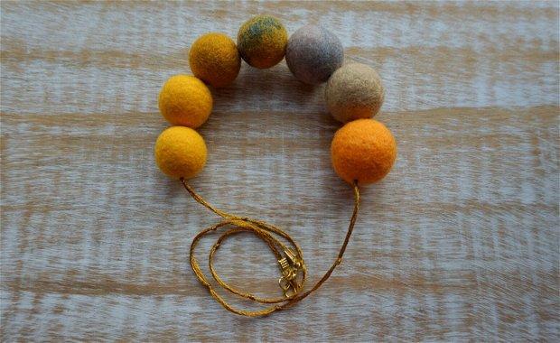 Colier Saffron