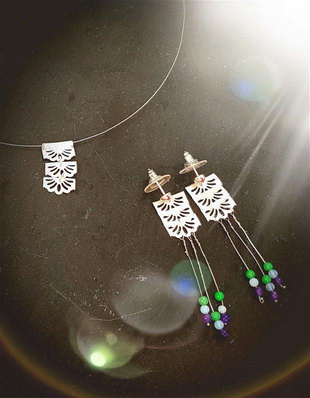 set de autor, compus din colier si cercei din argint fin, model modular dantelat, franjurat cu ametist, opal, aventurin
