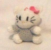 Hello Kitty cu rochita gri 10 cm