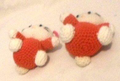 Hello Kitty cu rochita rosu deschis 10 cm