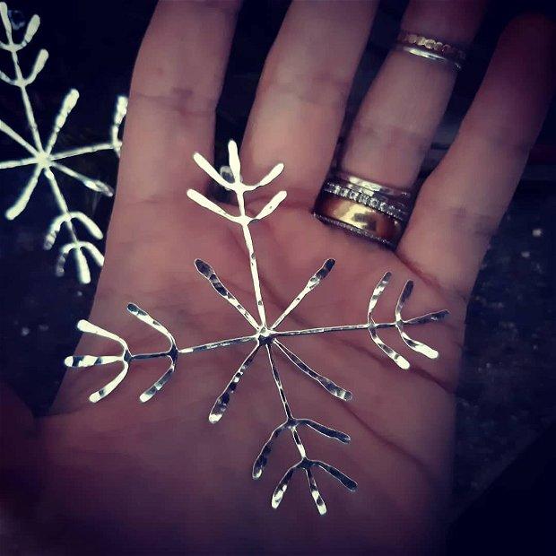 Cercei cu tija, supradimensionati  din argint 925, fulg de nea