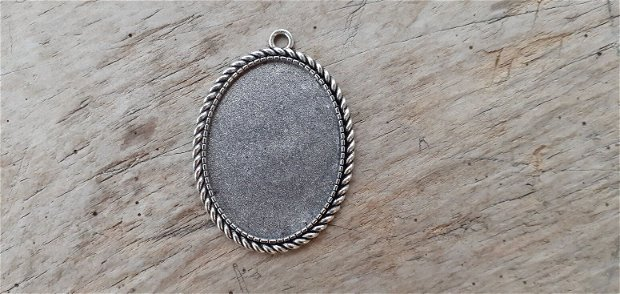 Baza cabochon, pandantiv argintiu - int 40x30 mm