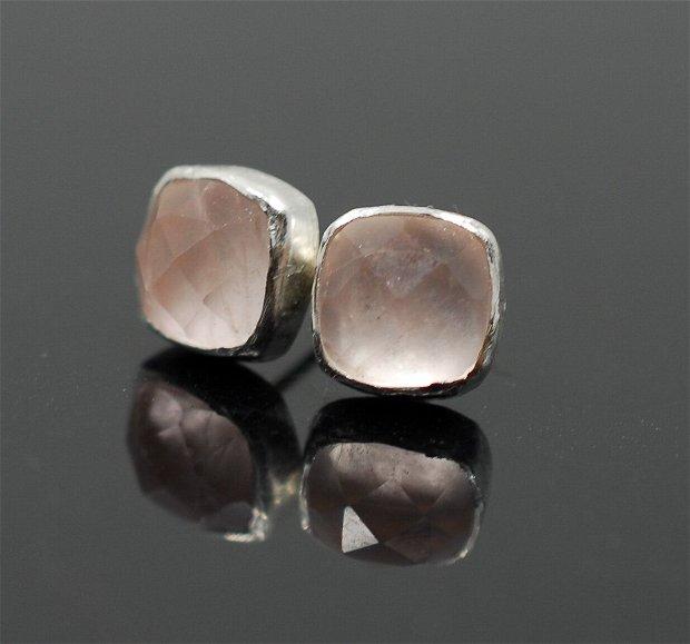 Cercei din argint 925 cu surub, cu piatra fațetată de cuarț roz