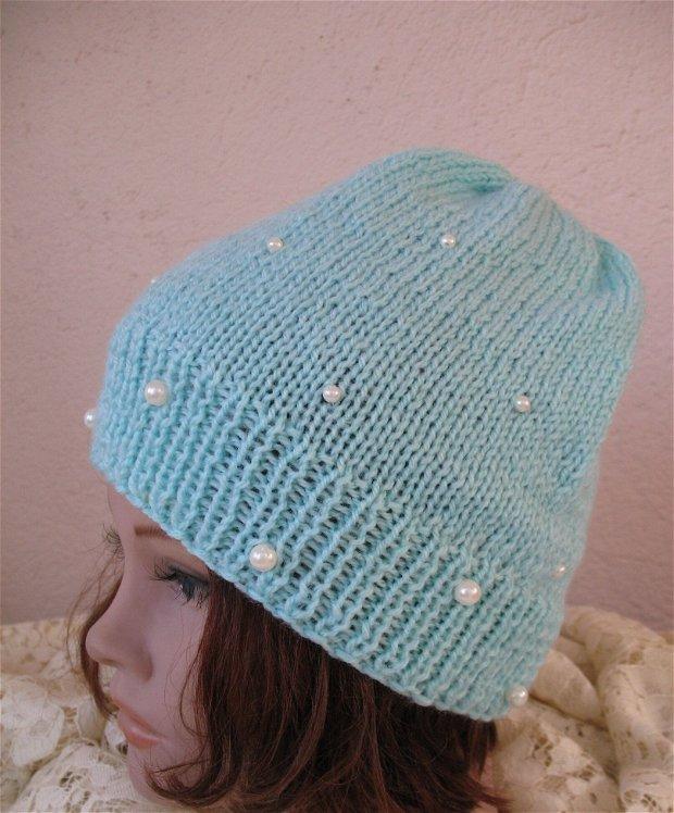 Caciula tricotata