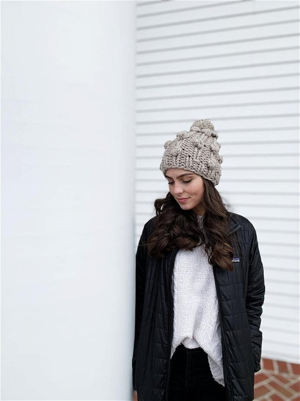 Caciula oversized din lana merino