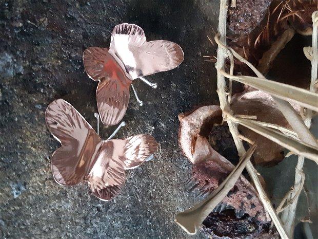 Cercei din cupru, cu tija din argint, fluturi
