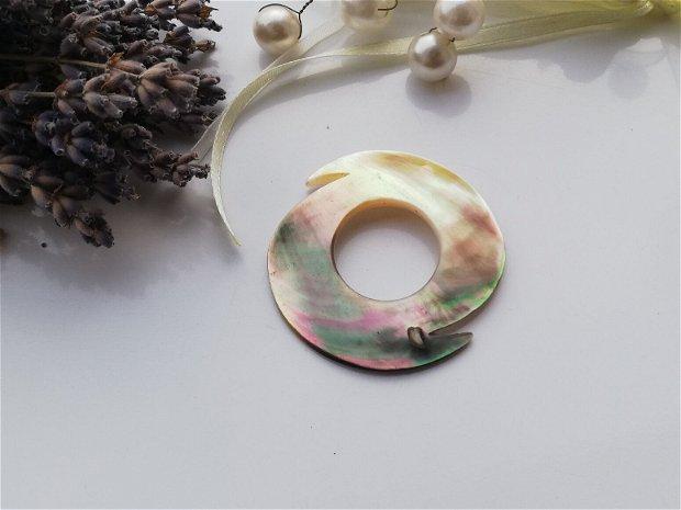 Pandant/link  Abalone shell