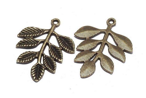 Pandantiv metalic, bronz, frunza, 34x28 mm
