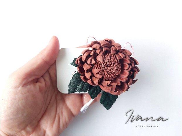 Mărțișor piele  Crizantema