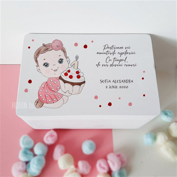 Cufar amintiri fetita pictat manual personalizat cutie dar botez